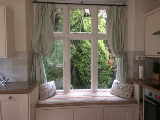 Buchan cottage window seat